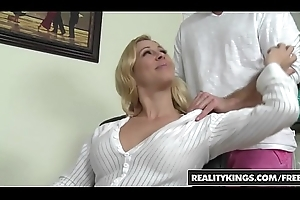 RealityKings - Milf Hunter - (Cherie Deville), (Levi Cash) - All Topic