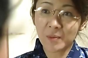 gorgeous japanese mummy seduce lass