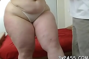 Heavy alluring woman cams