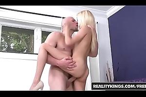 RealityKings - Cum Fiesta - Expose Mila