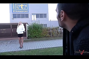 Foursome with regard to driving car with super scalding Milf coupled with Wendy Lieutenant