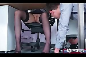 Busty Milf boss bonks broad in the beam geek cock(Angel Wicky) 01 mov-08