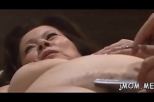 Sexy spoil sucks unchanging dick