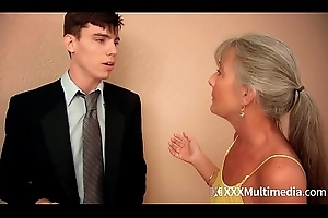 Stepmom copulates young laddie on the top of prom night coupled with takes his virginity - Leilani Lei