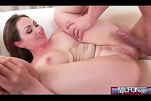 Fat tits Milf orgasms and squirts(Yasmin Scott) 04 clip-02