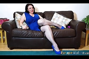 EuropeMaturE Well-endowed Grown-up Lady Without equal Maligning