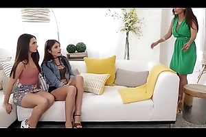 Let'_s conclude it not susceptible your Mom'_s bed! - Cassidy Klein, Reena Feel added to Adria Rae