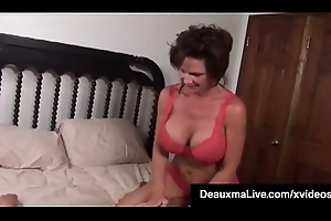 Order about Milf Deauxma Squirts hither Magdelaine St.Michaels'_ Mouth!