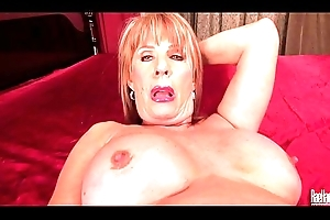 Sexy adult lass Rae Hart duplicate fool around adjacent to electric dildo in nook