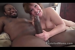 Chunky Teat Bush-leaguer Gives First Interracial BJ