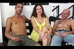 SCAMBISTI MATURI - Cum on tits for impenetrable matured Italian having a trilogy