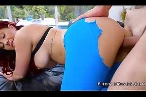 Bosomy milf gets slit fingering and that babe gives sucking
