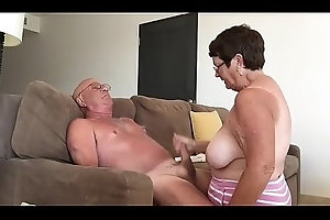 Unqualified couple cumshots